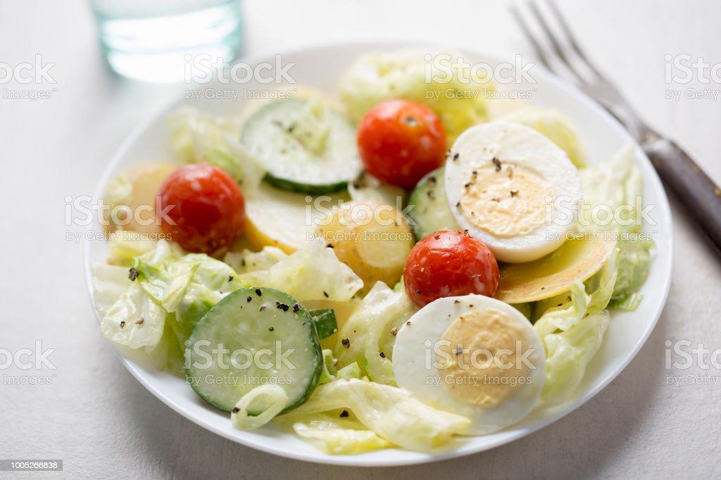 トマト 卵 マヨネーズ