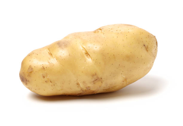 new potato isolated on white background - ziemniak zdjęcia i obrazy z banku zdjęć