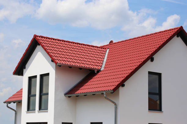 nieuwe woonhuis - dak stockfoto's en -beelden