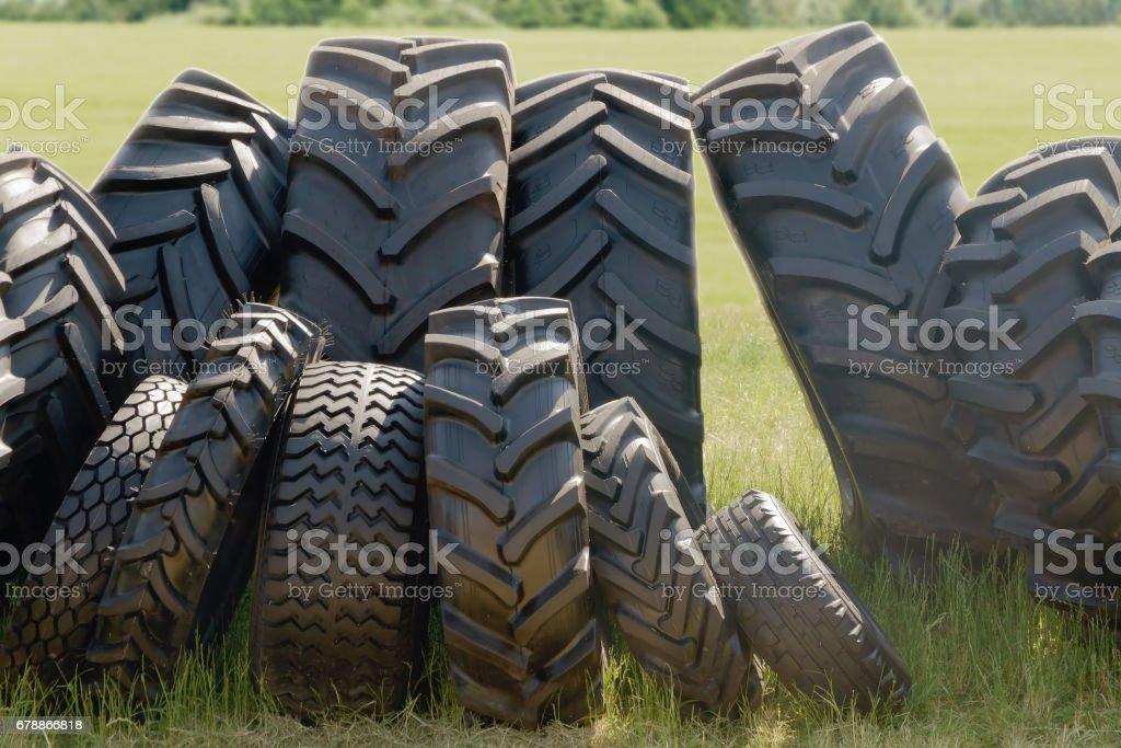 New tires photo libre de droits