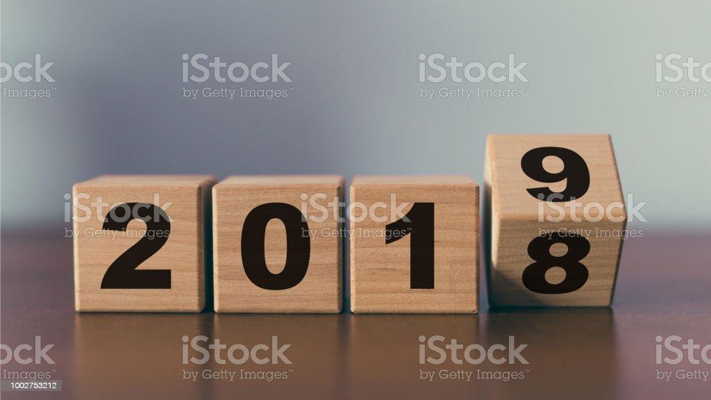 Cambiar de año nuevo 2018 2019 concepto foto de stock libre de derechos