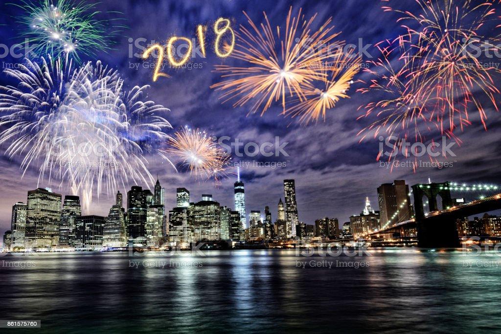 Neue Jahr 2018 Feuerwerk über Manhattan – Foto