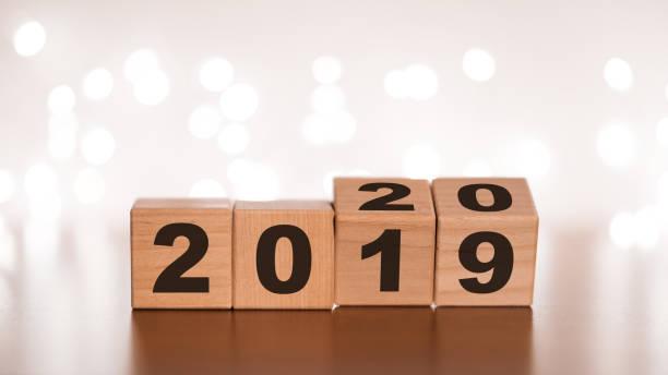 novo ano 2019 mudar conceito de 2020 - 2019 - fotografias e filmes do acervo