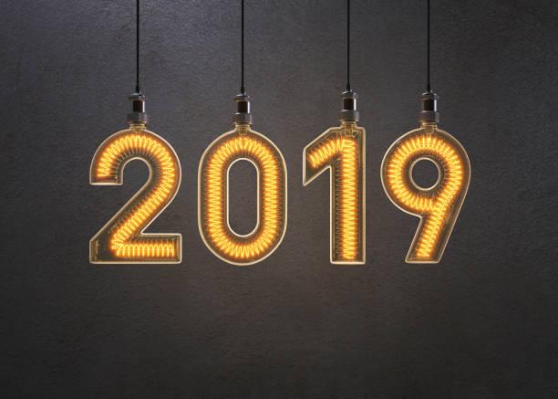 neue jahr 2019 glühbirne gemacht. - ideen für silvester stock-fotos und bilder