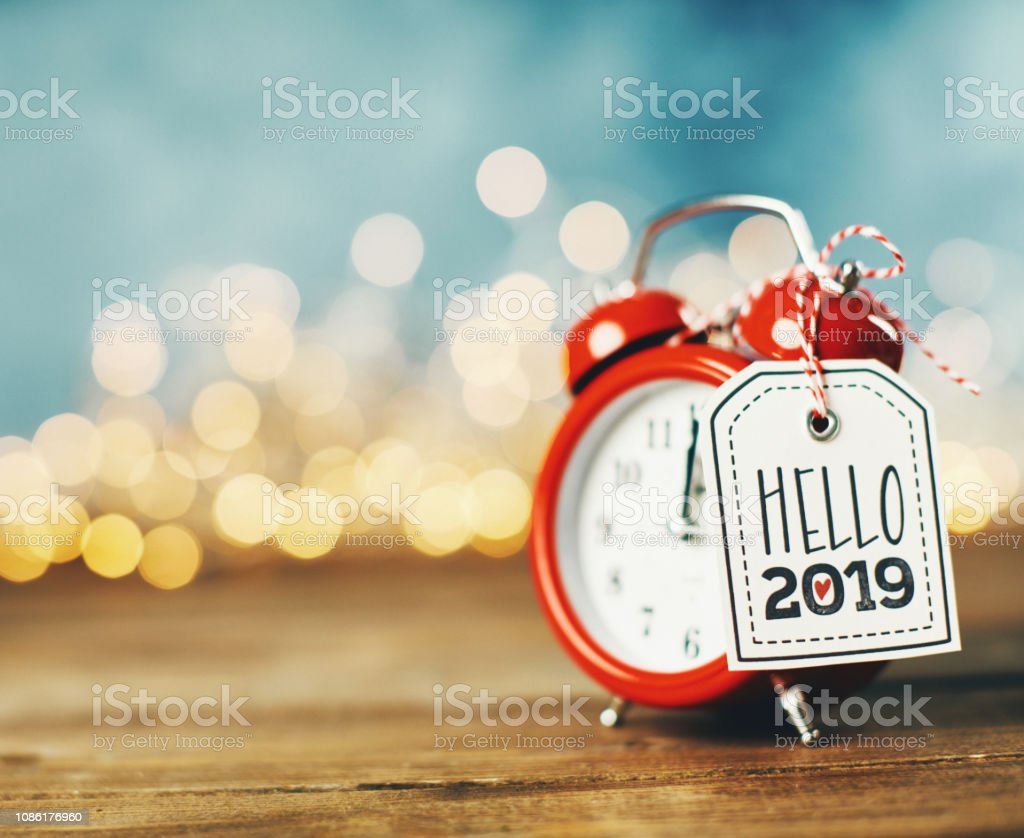 Neue Jahr 2019 Zeichen auf Wecker – Foto
