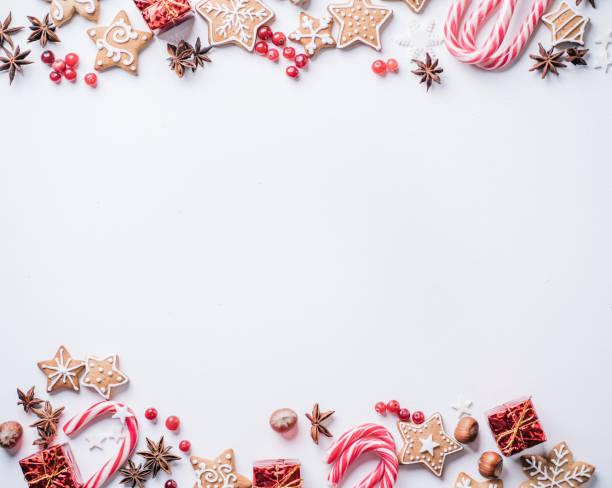 año nuevo y navidad tarjeta postal - christmas background fotografías e imágenes de stock