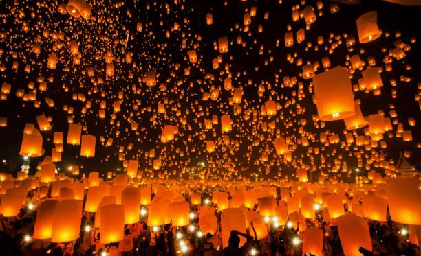 neujahr und yeepeng festival in thailand - insel taiwan stock-fotos und bilder
