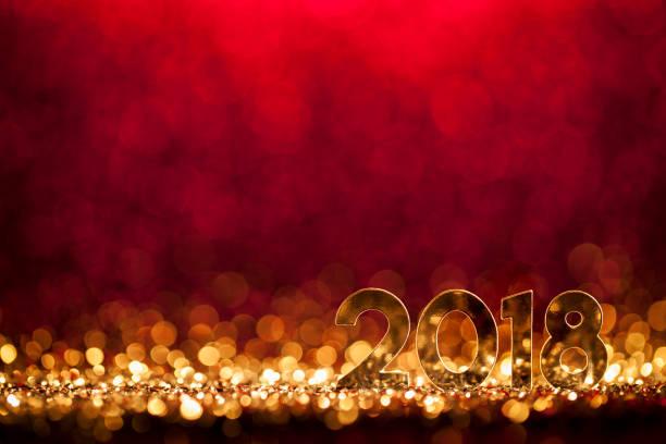 neues jahr weihnachtsdekoration 2018 - gold rot party feier - silvester deutschland stock-fotos und bilder