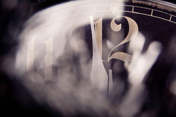 Reloj de año nuevo - foto de stock