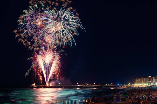 Silvesterfeuerwerk vom Bootsanleger Glenelg – Foto