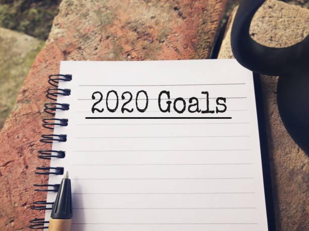 concept d'objectif du nouvel an. - 2020 photos et images de collection