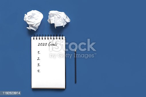 1186985932 istock photo 2020 new year goal 1192523914