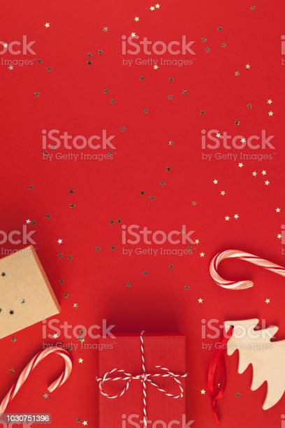 New year or christmas presents red background picture id1030751396?b=1&k=6&m=1030751396&s=612x612&h=fh0 grzlsptgb39ppxbuefr0utpgwx9gxvwk sactiy=