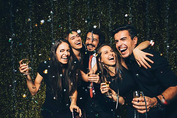 fiesta de año nuevo - fiesta fotografías e imágenes de stock