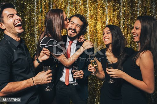 497317250 istock photo New year party 884227540