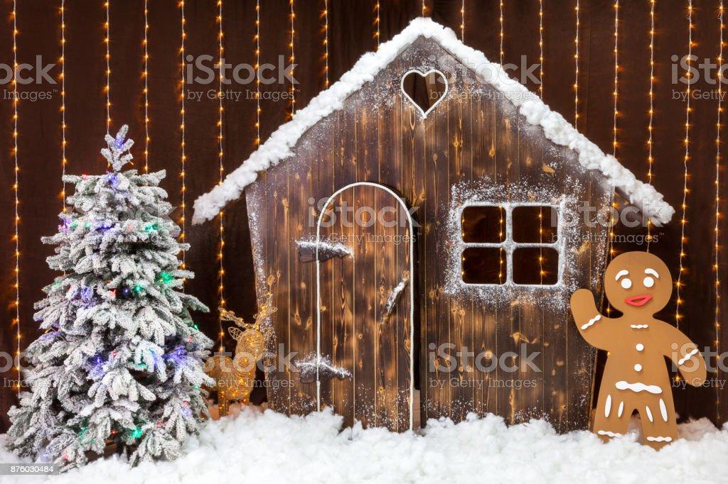 Eine Silvesterszene Mit Einer Tief Verschneiten Holzhütte Ein