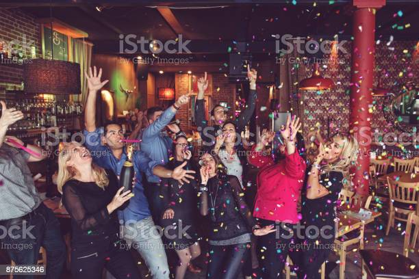 New years eve party picture id875625346?b=1&k=6&m=875625346&s=612x612&h=szqhmnjb7w2hvkvawmmmoovcjabmyazc38ofwt luby=