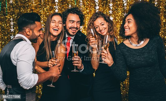 497317250 istock photo New year's party 884227556
