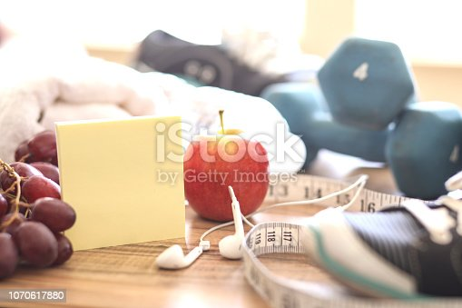 1070617536 istock photo New Year's Resolution to Get Healthy! 1070617880