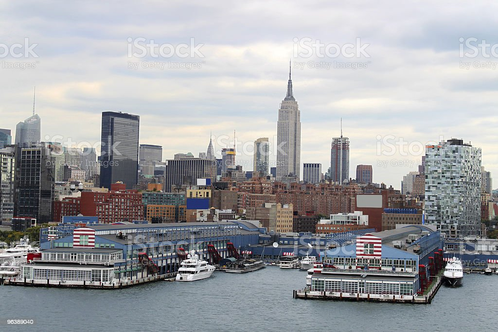 New York  buildings skyline - Royalty-free Building Exterior Stock Photo