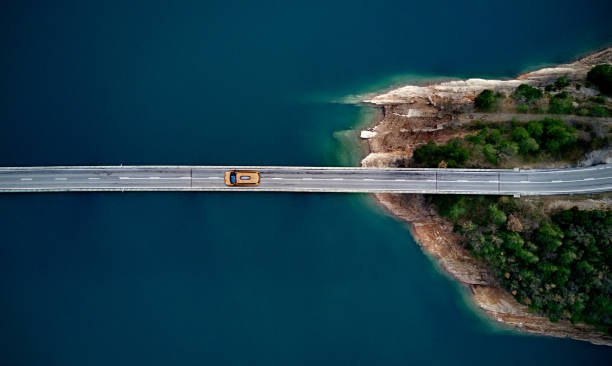 New york cab on a bridge New york cab on a bridge drone point of view stock pictures, royalty-free photos & images