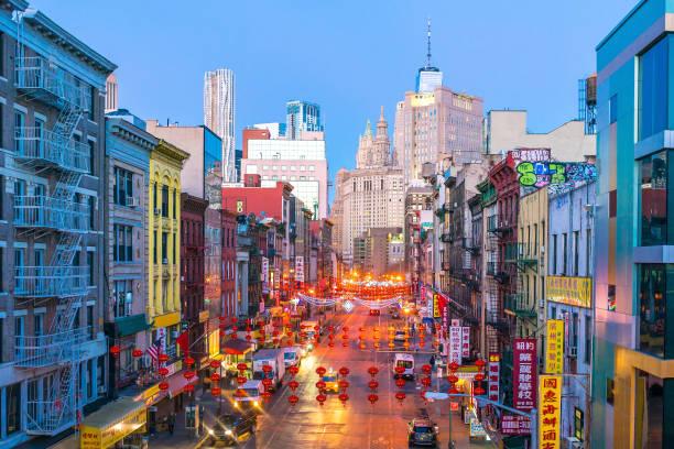 new york chinatown van manhattan - chinatown stockfoto's en -beelden