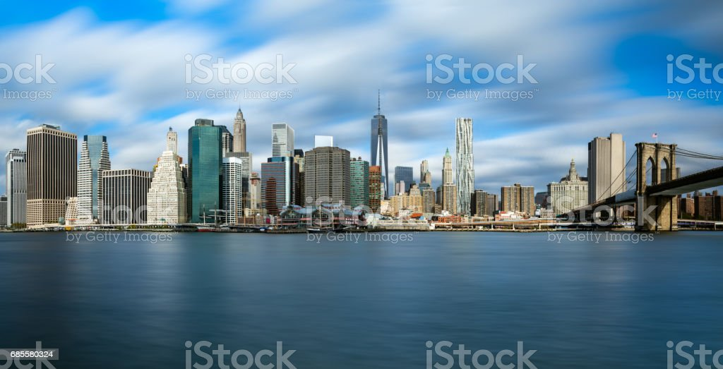 New York City Manhattan skyline  with Brooklyn Bridge and skyscrapers over Hudson River in the morning after sunrise. royalty-free 스톡 사진