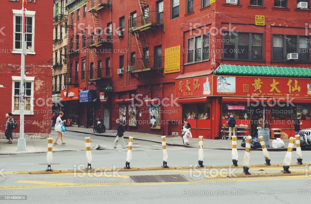 New York City Ny Usa 6232018 Chinatown New York City Streets Authentic People Real Lifestyle Travel Explore Tourism Stock Photo Download Image Now Istock