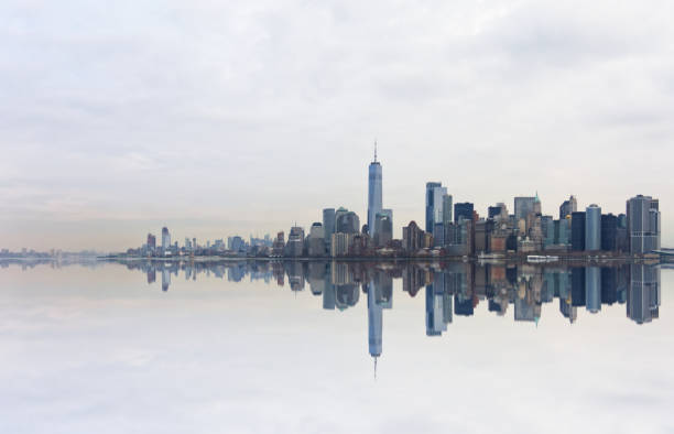 New York City Skyline Of New York City lower manhattan stock pictures, royalty-free photos & images