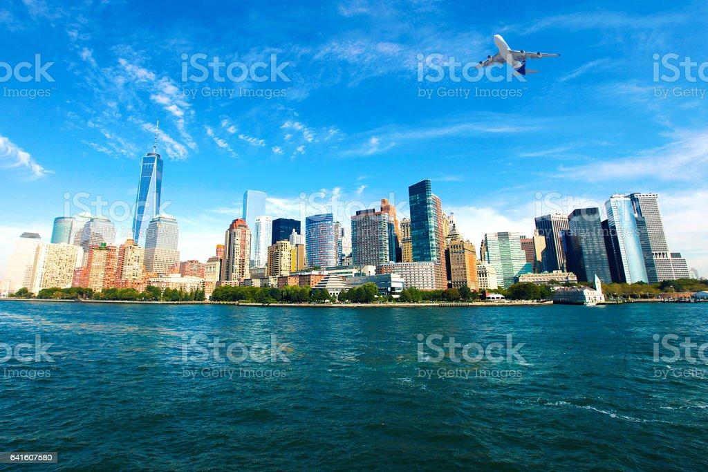 Ciudad de Nueva York horizonte de pasajeros - foto de stock