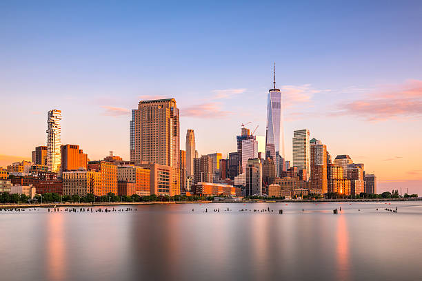 New York City Skyline New York City financial district cityscape. lower manhattan stock pictures, royalty-free photos & images