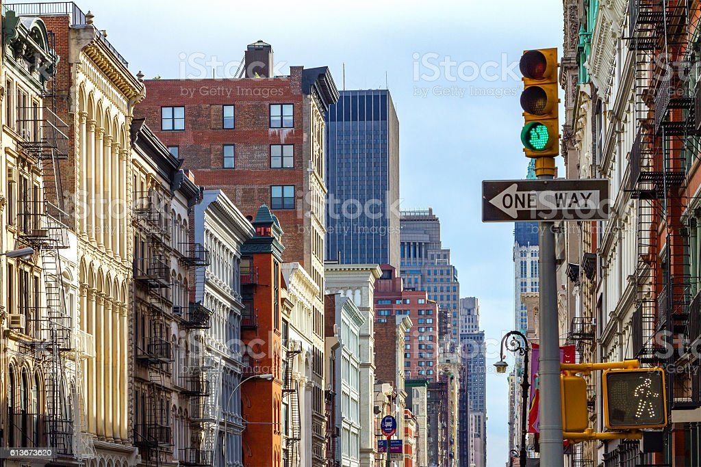 New York City Street Scene in SOHO - foto de acervo