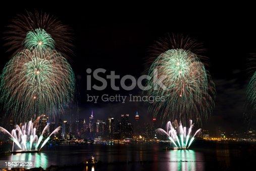 istock New York City Syncronized Fireworks 184372228
