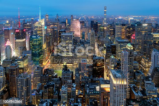 istock New York, Manhattan, Skyline at Dusk 1004540364