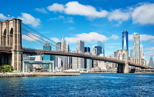 new york manhattan seen from the manhattan bridge lower manhattan stock pictures, royalty-free photos & images