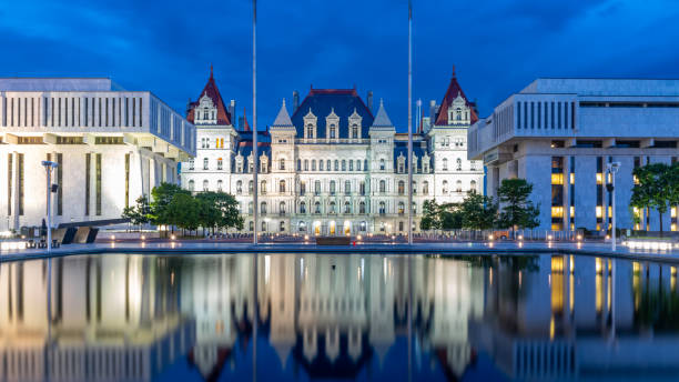 New York State Capitol building at night New York State Capitol building at night, Albany New York, USA albany county new york state stock pictures, royalty-free photos & images