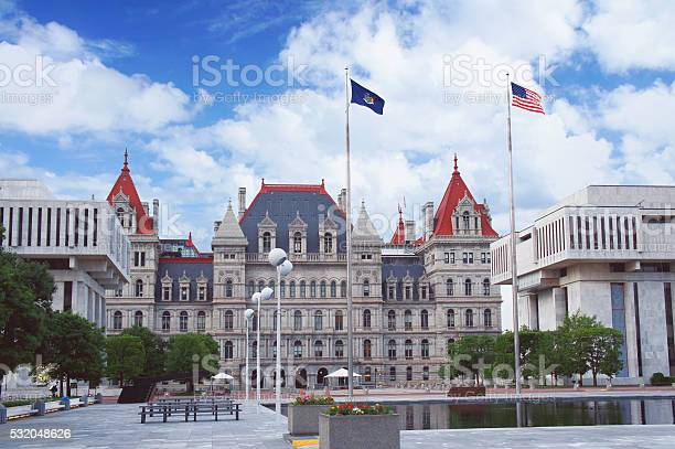 New york state capitol in albany new york state capital picture id532048626?b=1&k=6&m=532048626&s=612x612&h=vqsar5iqhke4ppxyz4bnuhkysvmmjks8lnzx5r3e x4=