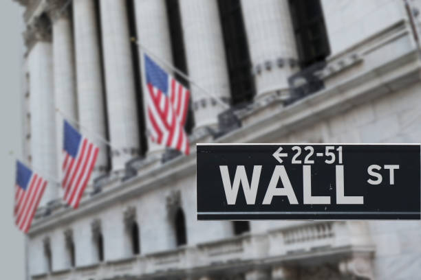 new york stock exchange nyse wall street usa - new york stock exchange stock pictures, royalty-free photos & images
