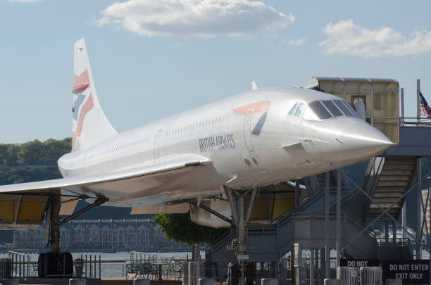 de new york, états-unis, british airways concord - avion supersonique concorde photos et images de collection