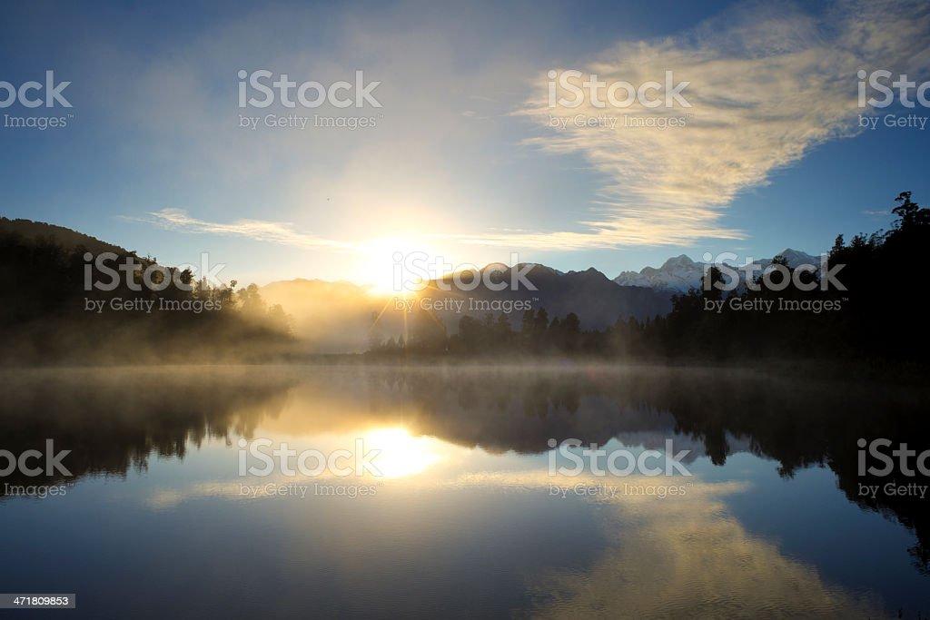 New Zealand Lake At Dawn - Royalty-free Beauty In Nature Stock Photo