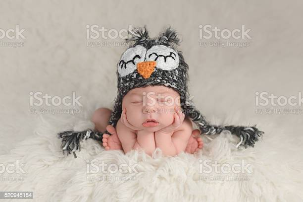 Newborn baby boy wearing an owl hat picture id520945184?b=1&k=6&m=520945184&s=612x612&h=a  ztebijd3jot2iuo a3tmkyiyr7sq1deemosnvuoo=