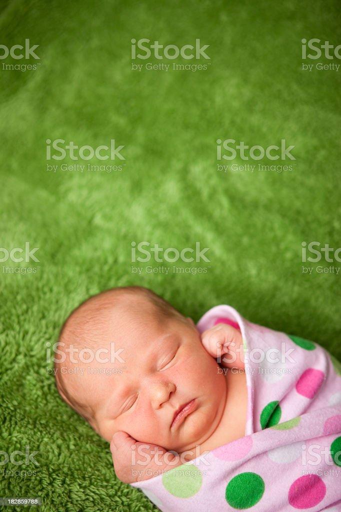 Foto De Menina De Bebê Recémnascido Dormir Relaxados No