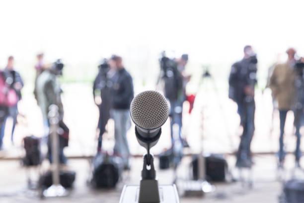 Nachrichten oder Pressekonferenz – Foto