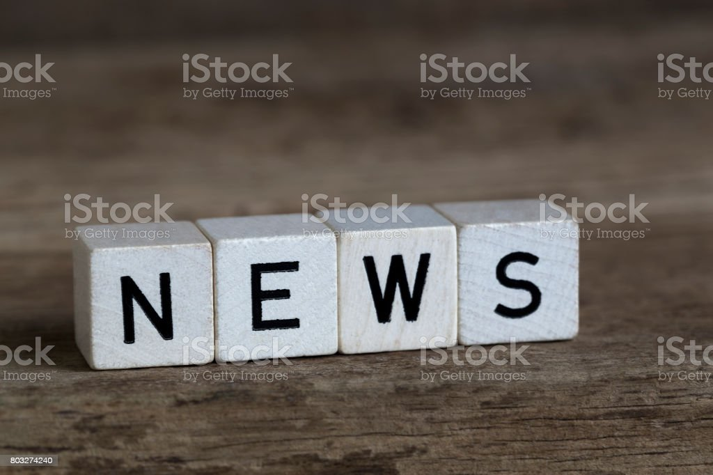 News, geschrieben in Würfel – Foto