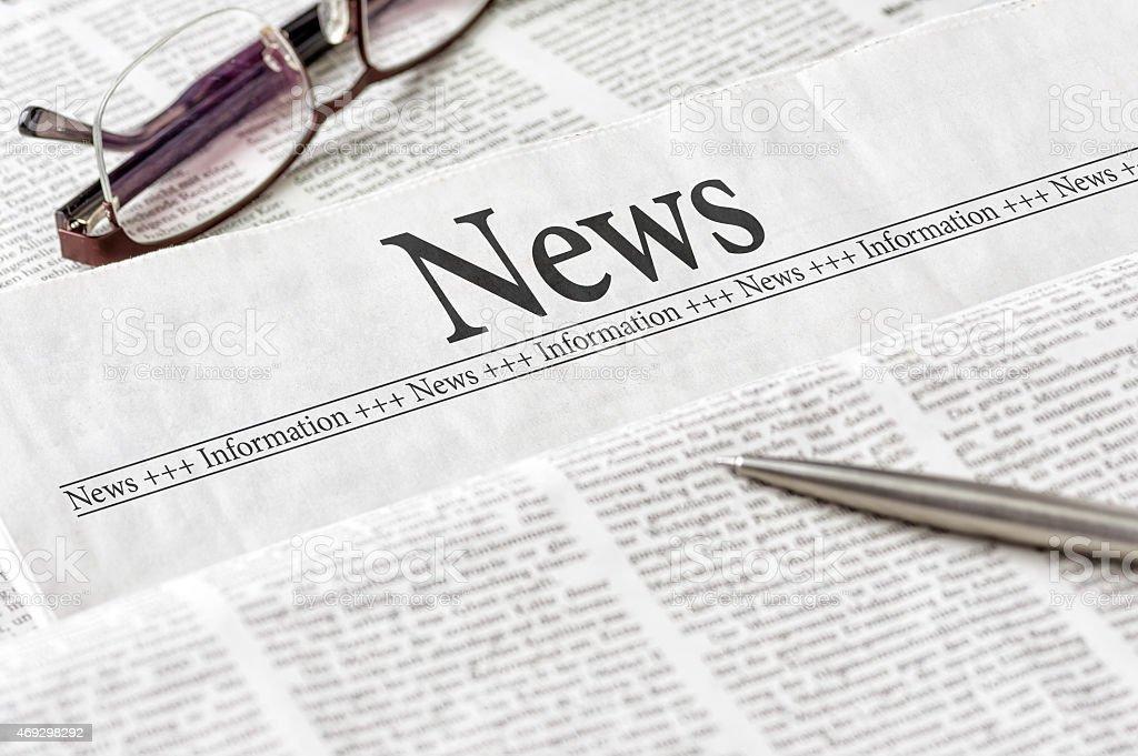 Journal avec le titre actualités - Photo