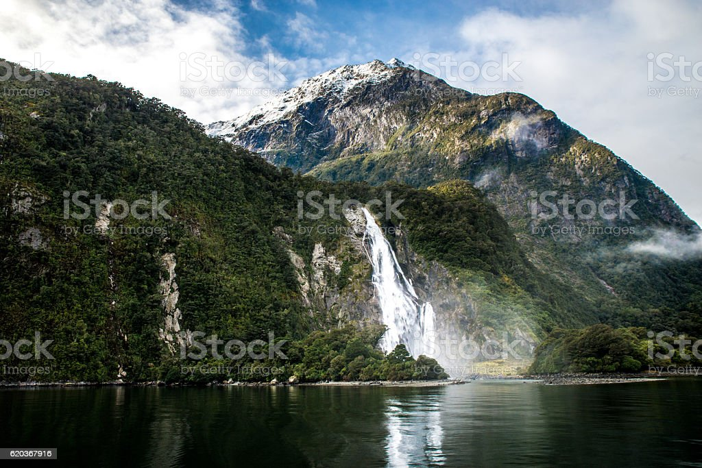 New-Zealand mountain Milford Sound during winter zbiór zdjęć royalty-free