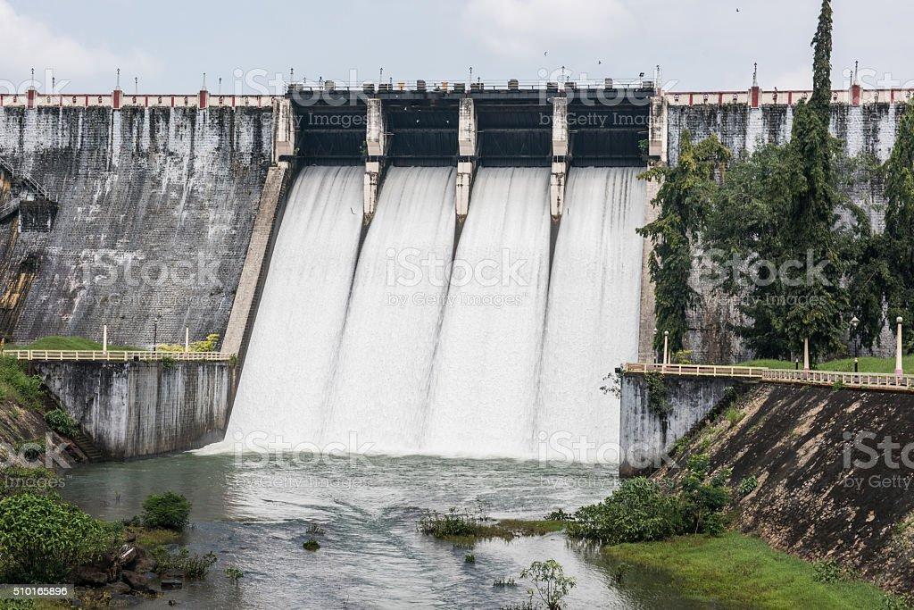 Neyyar Reservatório de Kerala - foto de acervo