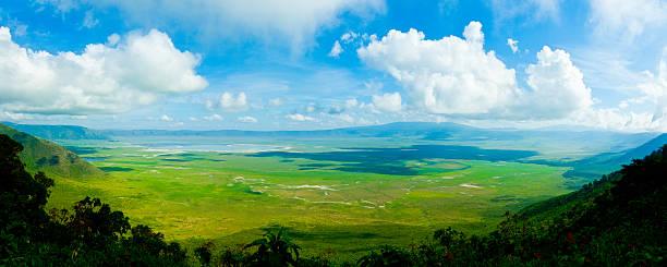 ngorongoro cratera, tanzânia, áfrica (xxxl - jardim do eden - fotografias e filmes do acervo