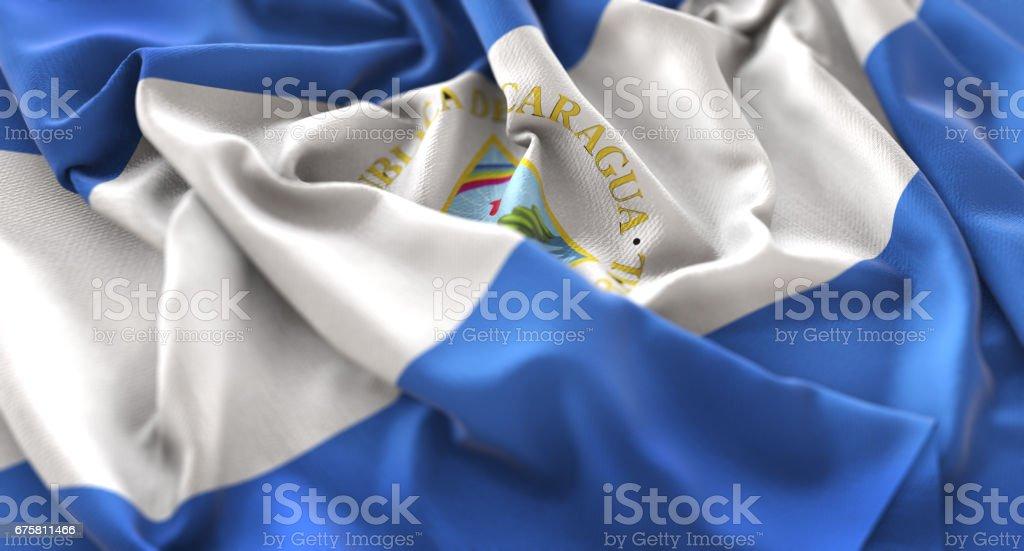 Bandera de Nicaragua con volantes agitando muy bien toma de primer plano Macro - foto de stock