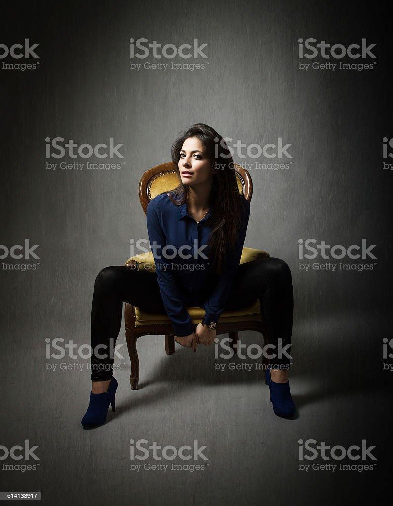 Bella Ragazza Con Le Gambe Aperte